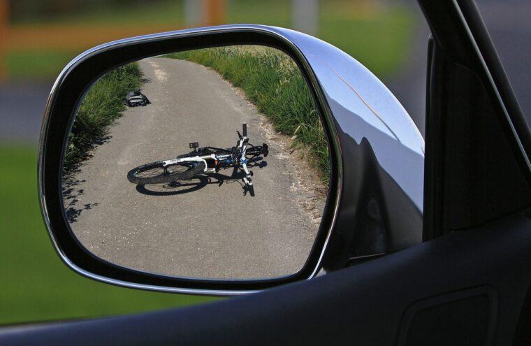 免許返納には特典あり。事故を起こす前に決断を。