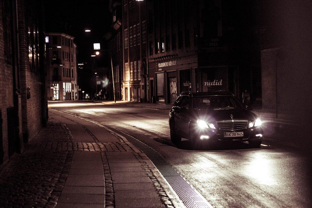 死亡事故は夜に多い!教官から安全運転を学ぼう【夜間運転】