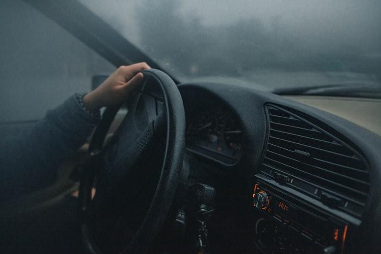 霧のときの運転