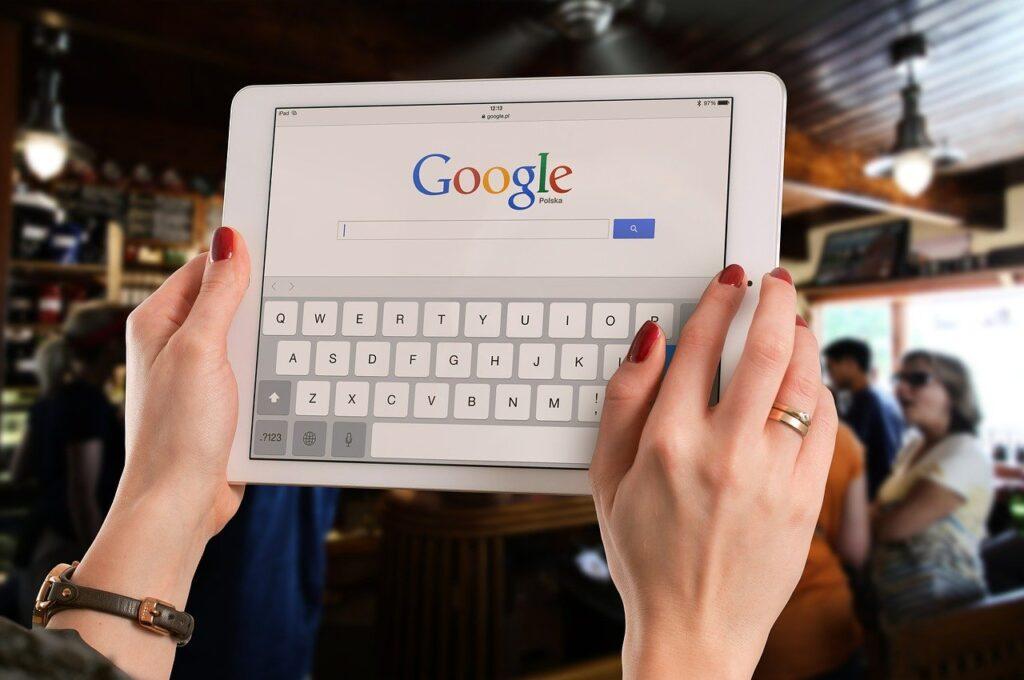 合宿免許に申し込むなら検索サイトを使いましょう!